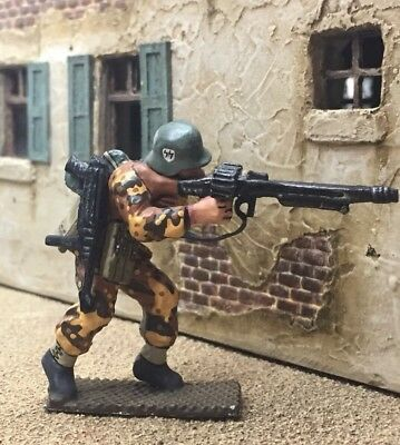 King and Country German MG figure