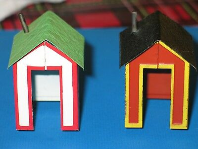 2 used original american flyer houses/shacks for accessories nice