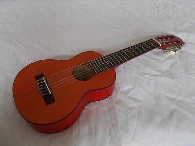 Guitalele 6 string ukulele Stagg UKG-20, gitarre, 9 fotos in text