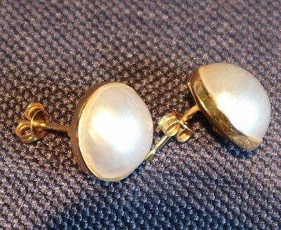 1980s Cream Half Saltwater Natural Pearl Earrings & 750 Gold 18 Carat Fitting