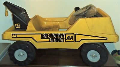 RALEIGH AA Breakdown truck  pedal car  old shop stock unused 1970s