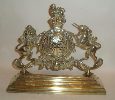"""VICTORIAN BRASS COAT OF ARMS FIREPLACE ORNAMENT 11.75"""" 19thC"""