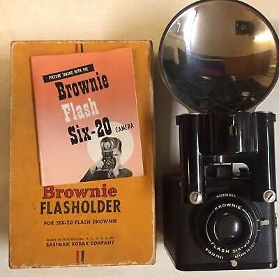 Vintage Box Camera Brownie Flash Six-20 With Flasholder Six-20+Booklet In Box