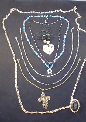 Lot of 8,  Fashion Necklaces