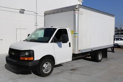 2014 CHEVY EXPRESS 3500 BOX TRUCK DRW 6.0 LOAD RAMP 67K #152863 Texas Direct