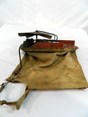 Vintage CYCLONE SEEDER Urbana, Indiana Hand Held Crank Seed Spreader Sower