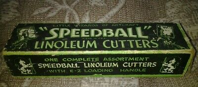 Vintage WOOD HANDLE LINOLEUM CUTTERS By SPEEDBALL with 6 cutting tips in box USA