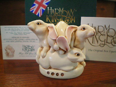 Harmony Kingdom Hop Till You Drop Rabbits UK Made Marble Resin Box Figurine