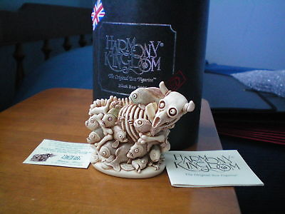 Harmony Kingdom Steer Piranhas Happy Meal Banned Black Box UK Made New in Cyl