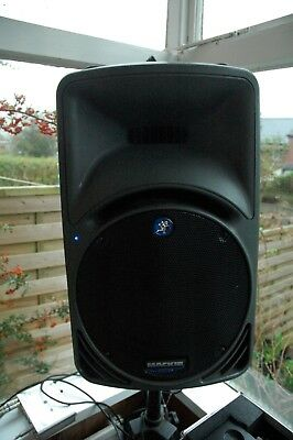 A Pair of Mackie SRM450 PA Speakers with stands