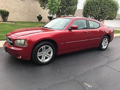 2007 Dodge Charger  2007 Dodge Charger RT Red Sedan