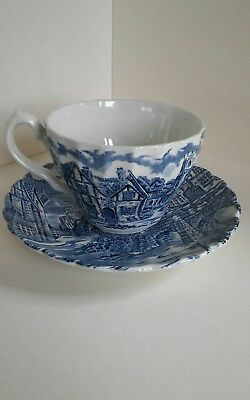 Alfred Meakin cup and saucer, The post house