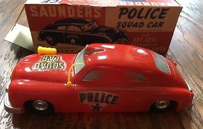VERY NICE VINTAGE 1950's SAUNDERS FRICTION OPERATED POLICE SQUAD Car In Box