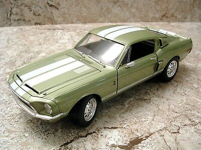 ROAD SIGNATURE #91268 1968 Shelby Cobra GT500KR Mustang 1:18th *STUNNING BUT...*