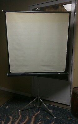 Antique/Vintage Radiant Metoer Projector Screen & Tripod ~ Good Used ~ 40x40