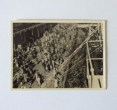 HMS Implacable Leaving Sydney End of WW2 Aircraft Carrier Crowds, Streamers 6x4""