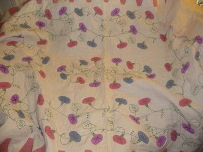 Vintage Antique Quilt Morning Glory applique' embroidery white pink scalloped