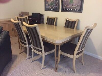 HENREDON DINING ROOM table with Eight Chairs and Buffet ...