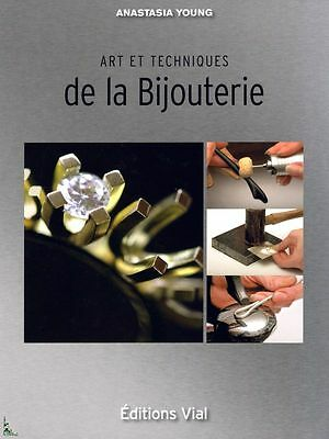 Art and Techniques of Jewelry, French book