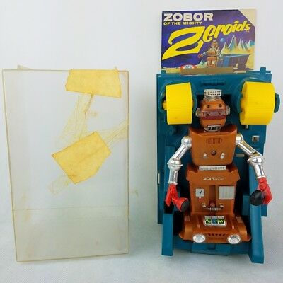 1968 IDEAL Zeroids Zobor Space Robot Toy The Transporter in Original Box 4772-0