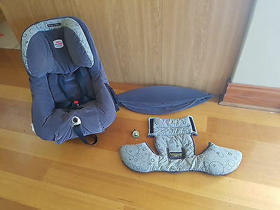 Car Seat - Britax Safe-n-Sound Meridian Convertible 7200/A/2004