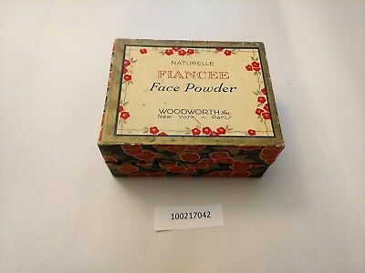 "100217042 Vintage Face Powder ""Fiancee Face Powder Woodsworth Inc."""