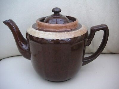 L& B vintage 2 pint brown teapot made in england