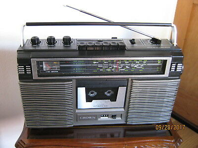 Crown Japan CSC-835L RADIO Cassette Player Stereo Boombox Retro 80s Vintage