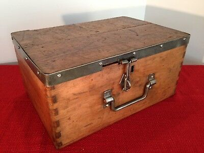 Antique,vintage WWII military Wooden tool Chest,ammunition box,Storage box.