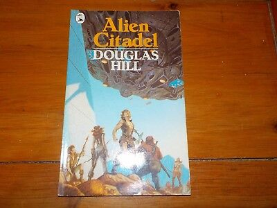 Douglas Hill - Piccolo Books - Alien Citadel