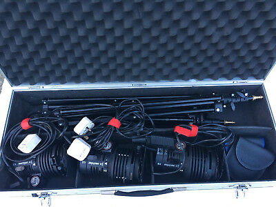 Sachtler reporter 300H 3head lighting kit with stands