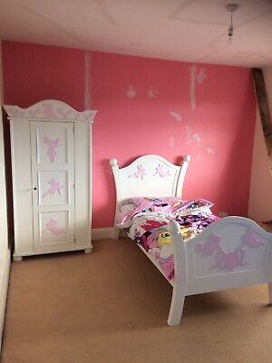 Gorgeous Girls White/pink Wooden Bedroom Furniture; Bed, Wardrobe and Chest  ♡♡