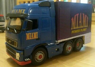 1 50th scale code3 fairground fun fair showmans Volvo Miami
