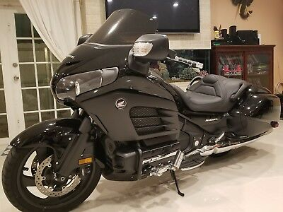 2013 Honda Gold Wing  honda f6b V6 like new