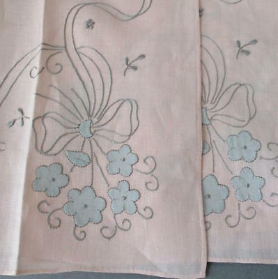 4 Vintage MADEIRA Pink Linen Hand Embroidered Appliqued PLACEMATS Flowers + BOWS