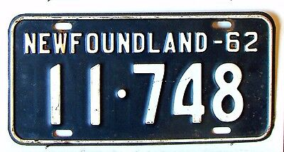 NEWFOUNDLAND and LABRADOR License Plate Tag 1962  - Low Shipping