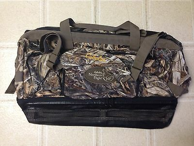 CABELAS NORTHERN FLIGHT WADER BAG Camo NEW!!!