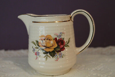 Sadler England Ribbed Creamer - Yellow And Red Roses With Gold Trim