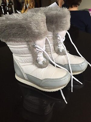 George White Snow Boots Size 13 EUR 32