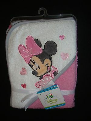 Disney Minnie Mouse  Infant / Toddler Hooded Bath Towel Nwts