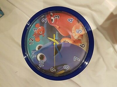 finding dory clock