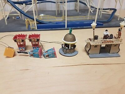 C40 HO OO gauge fairground fun fair stalls  working lights Faller ??