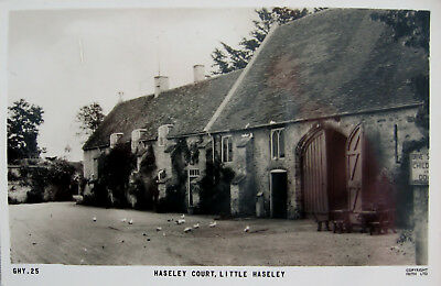 Vintage R/P Postcard. Haseley Court, Little Haseley.