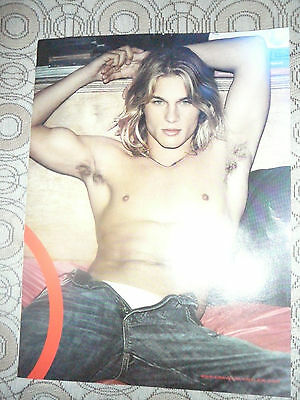 TRAVIS FIMMEL CALVIN KLEIN PIN UP AD POSTER PHOTO 8 x 11 CLIPPING 2002 (VIKINGS)