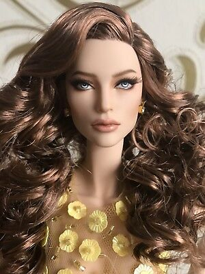 """OOAK FICONDOLL """"ISABEL"""" BY K-inspired by  Adriana Lima Similar Sybarite"""