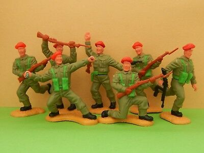 Timpo  Red Beret Toy Soldiers x 7