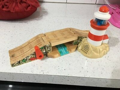Lighthouse Bridge with Bulstrode THOMAS AND FRIENDS Wooden Train Set