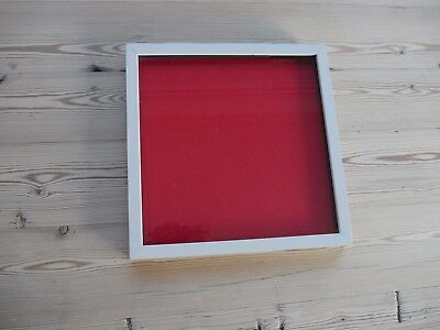 Collectors display case/frame, wall mounting for badges, buttons White/Red