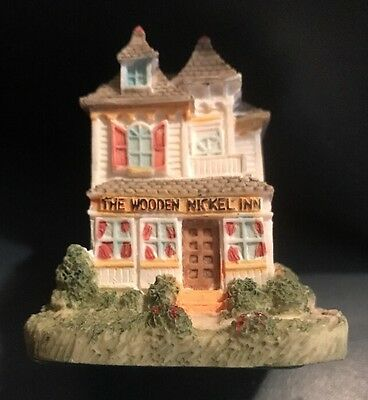 The Americana Collection. AH42 The Wooden Nickel Inn