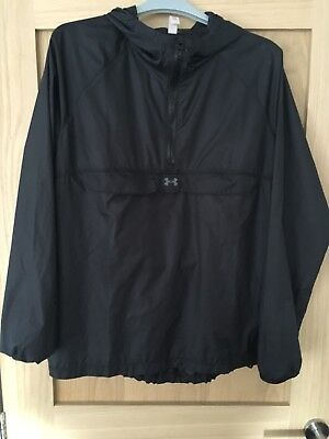Under Armour Showerproof Hooded Running Jacket Top Black EUC Size Small 10 or 12